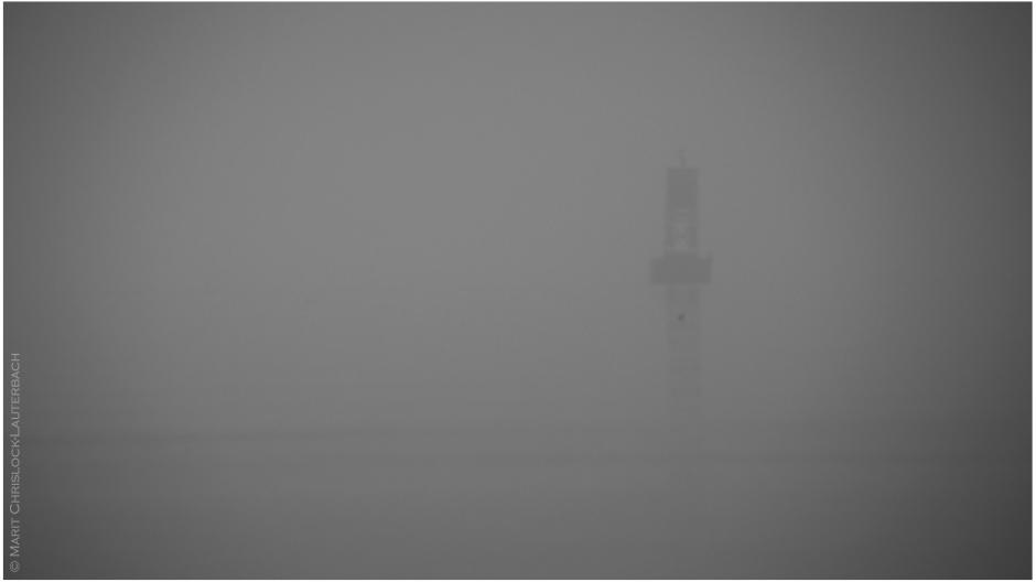 ferry_in_fog